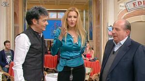 Adriana Volpe dans I Fatti Vostri - 27/01/12 - 12