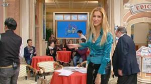 Adriana Volpe dans I Fatti Vostri - 27/01/12 - 13