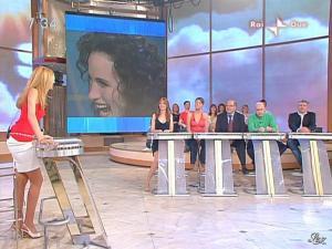 Adriana Volpe dans Mattina In Famiglia - 09/05/09 - 04