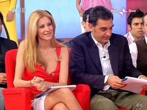 Adriana Volpe dans Mattina In Famiglia - 09/05/09 - 14