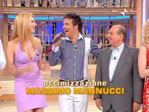 Adriana Volpe dans Mezzogiorno In Famiglia - 17/05/09 - 01