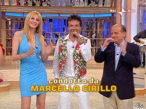 Adriana Volpe dans Mezzogiorno In Famiglia - 23/05/09 - 01