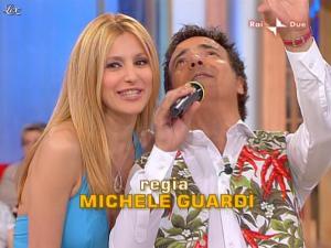 Adriana Volpe dans Mezzogiorno In Famiglia - 23/05/09 - 02