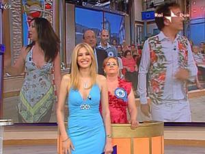 Adriana Volpe dans Mezzogiorno In Famiglia - 23/05/09 - 13