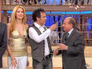 Adriana Volpe dans Mezzogiorno In Famiglia - 25/04/09 - 04