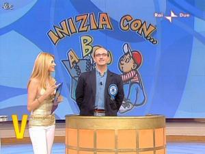 Adriana Volpe dans Mezzogiorno In Famiglia - 25/04/09 - 07