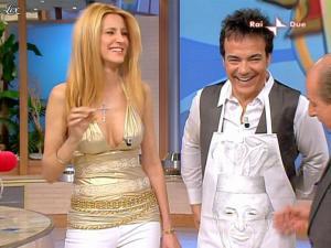 Adriana Volpe dans Mezzogiorno In Famiglia - 25/04/09 - 11