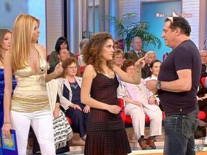 Adriana Volpe dans Mezzogiorno In Famiglia - 25/04/09 - 14
