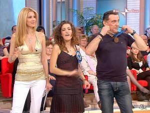 Adriana Volpe dans Mezzogiorno In Famiglia - 25/04/09 - 16