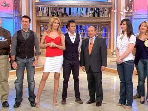Adriana Volpe dans Mezzogiorno In Famiglia - 28/03/09 - 06
