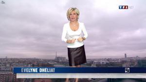 Evelyne Dhéliat dans la Meteo de 13h - 08/12/11 - 02