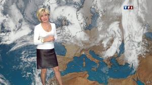 Evelyne Dhéliat dans la Meteo de 13h - 08/12/11 - 06