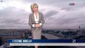 Evelyne Dhéliat dans la Meteo de 13h - 15/12/11 - 02