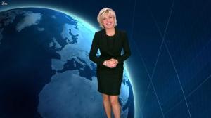 Evelyne Dhéliat dans la Meteo de 20h - 08/11/11 - 01