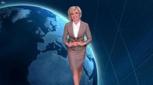 Evelyne Dhéliat dans la Meteo de 20h - 11/01/12 - 01