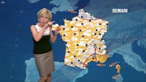 Evelyne Dhéliat dans la Meteo de 20h - 13/07/11 - 02
