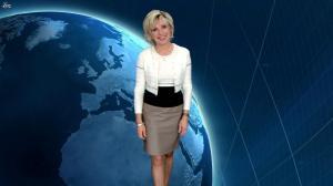 Evelyne Dhéliat dans la Meteo de 20h - 14/12/11 - 01