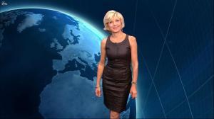 Evelyne Dhéliat dans la Meteo de 20h - 24/08/11 - 01