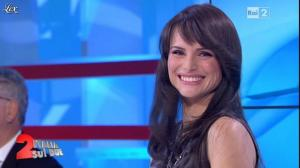 Lorena Bianchetti dans Italia Sul Due - 20/10/11 - 11