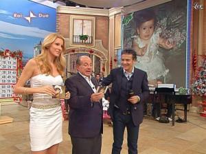 Adriana Volpe dans I Fatti Vostri - 01/01/10 - 06