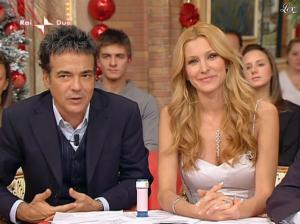 Adriana Volpe dans I Fatti Vostri - 01/01/10 - 24