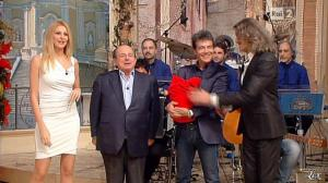 Adriana Volpe dans I Fatti Vostri - 01/01/13 - 14