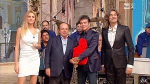 Adriana Volpe dans I Fatti Vostri - 01/01/13 - 18