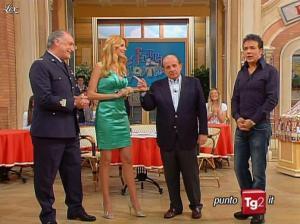 Adriana Volpe dans I Fatti Vostri - 05/04/10 - 04