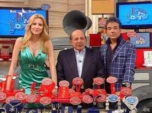 Adriana Volpe dans I Fatti Vostri - 05/04/10 - 15
