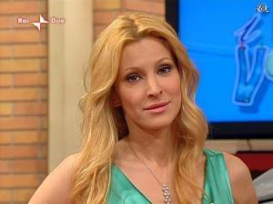 Adriana Volpe dans I Fatti Vostri - 05/04/10 - 16