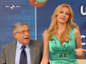 Adriana Volpe dans I Fatti Vostri - 05/04/10 - 32
