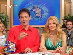 Adriana Volpe dans I Fatti Vostri - 05/04/10 - 35