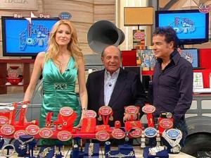 Adriana Volpe dans I Fatti Vostri - 05/04/10 - 36