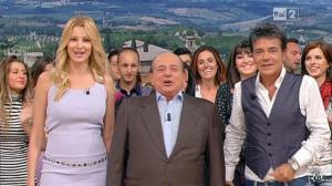 Adriana Volpe dans I Fatti Vostri - 18/10/11 - 09