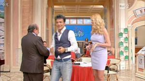 Adriana Volpe dans I Fatti Vostri - 18/10/11 - 18