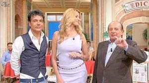 Adriana Volpe dans I Fatti Vostri - 18/10/11 - 48