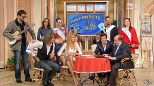 Adriana Volpe dans I Fatti Vostri - 21/01/13 - 24