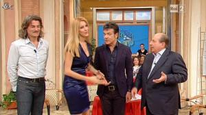 Adriana Volpe dans I Fatti Vostri - 24/01/13 - 25