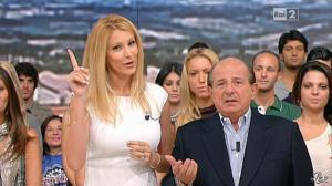 Adriana Volpe dans I Fatti Vostri - 26/09/11 - 02