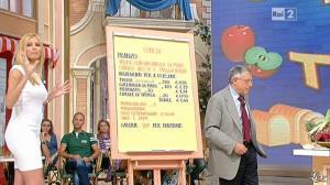 Adriana Volpe dans I Fatti Vostri - 26/09/11 - 11