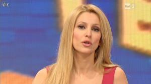 Adriana-Volpe--I-Fatti-Vostri--29-01-13--01