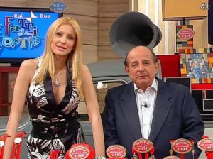 Adriana Volpe dans I Fatti Vostri - 31/03/11 - 12