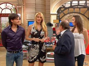 Adriana Volpe dans I Fatti Vostri - 31/03/11 - 26