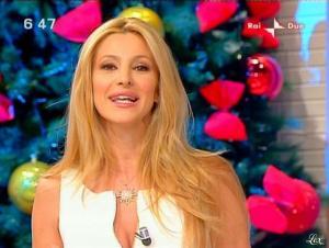 Adriana Volpe dans Mattina in Famiglia - 14/12/08 - 10