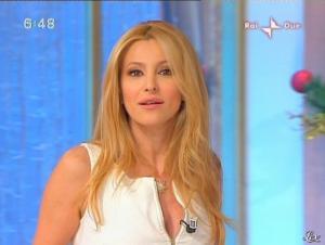 Adriana Volpe dans Mattina in Famiglia - 14/12/08 - 11