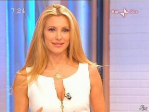 Adriana Volpe dans Mattina in Famiglia - 14/12/08 - 15