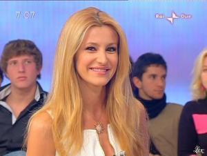 Adriana Volpe dans Mattina in Famiglia - 14/12/08 - 28