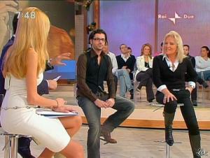 Adriana Volpe dans Mattina in Famiglia - 14/12/08 - 36
