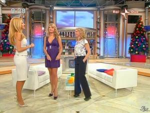 Adriana Volpe dans Mattina in Famiglia - 14/12/08 - 41