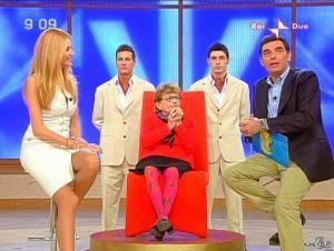 Adriana Volpe dans Mattina in Famiglia - 14/12/08 - 53